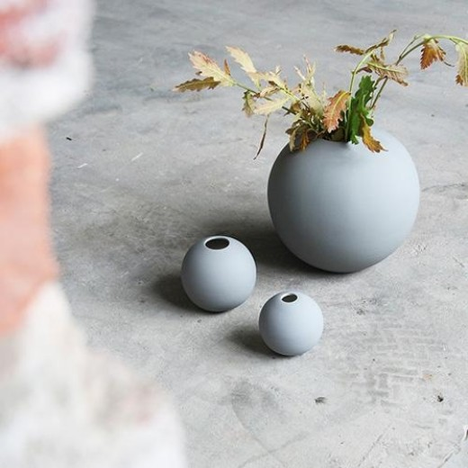 Cooee Ball Vase, grey, 8 cm.-31