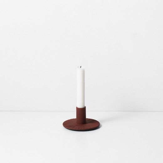 Ferm Living Cast Iron Candle Holder okker-31