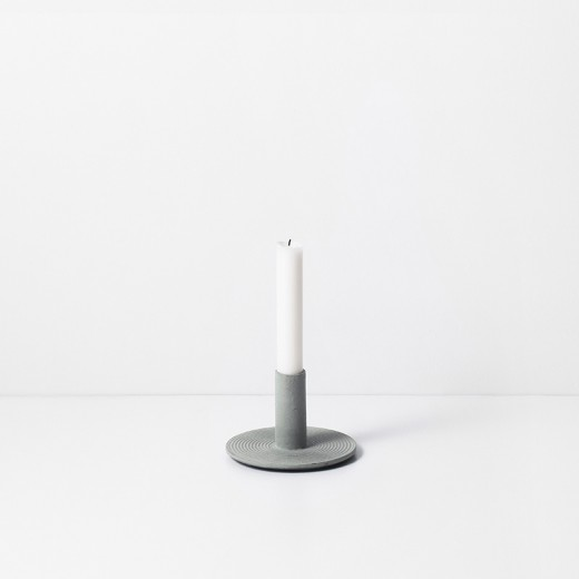 Ferm Living Cast Iron Candle Holder dusty green-31