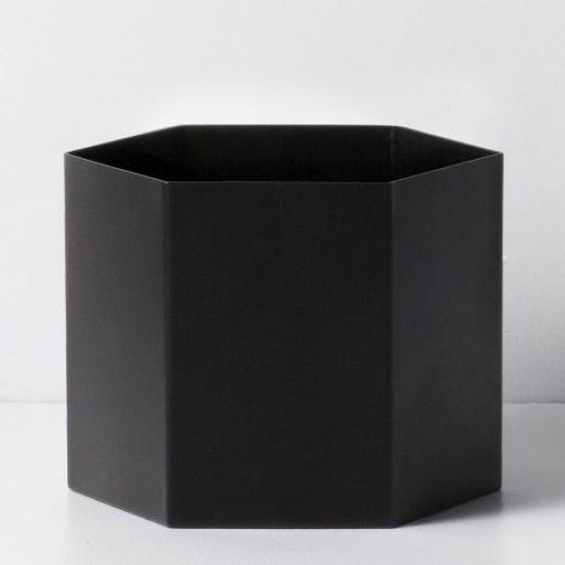 Ferm Living Hexagon Pot sort XL-31