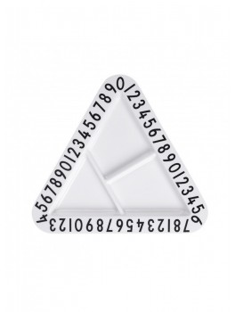 Design Letters Triangular snackplate-20