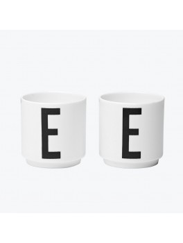 Design Letters + Arne Jacobsen 2 Æggebæger - E for Egg