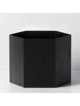 Ferm Living Hexagon Pot sort XL-20